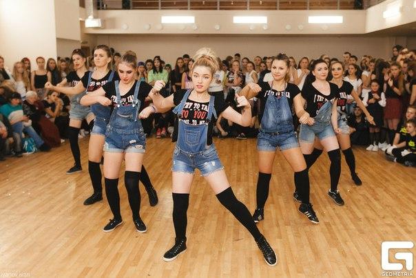 Feel the Beat 2015 - танцевальный чемпионат